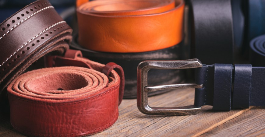 HANDMADE LEATHER BELTS: TUSCANY'S INSIGNIA.